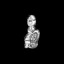 Mini charm-pendentif Vole papillon Pandora ME