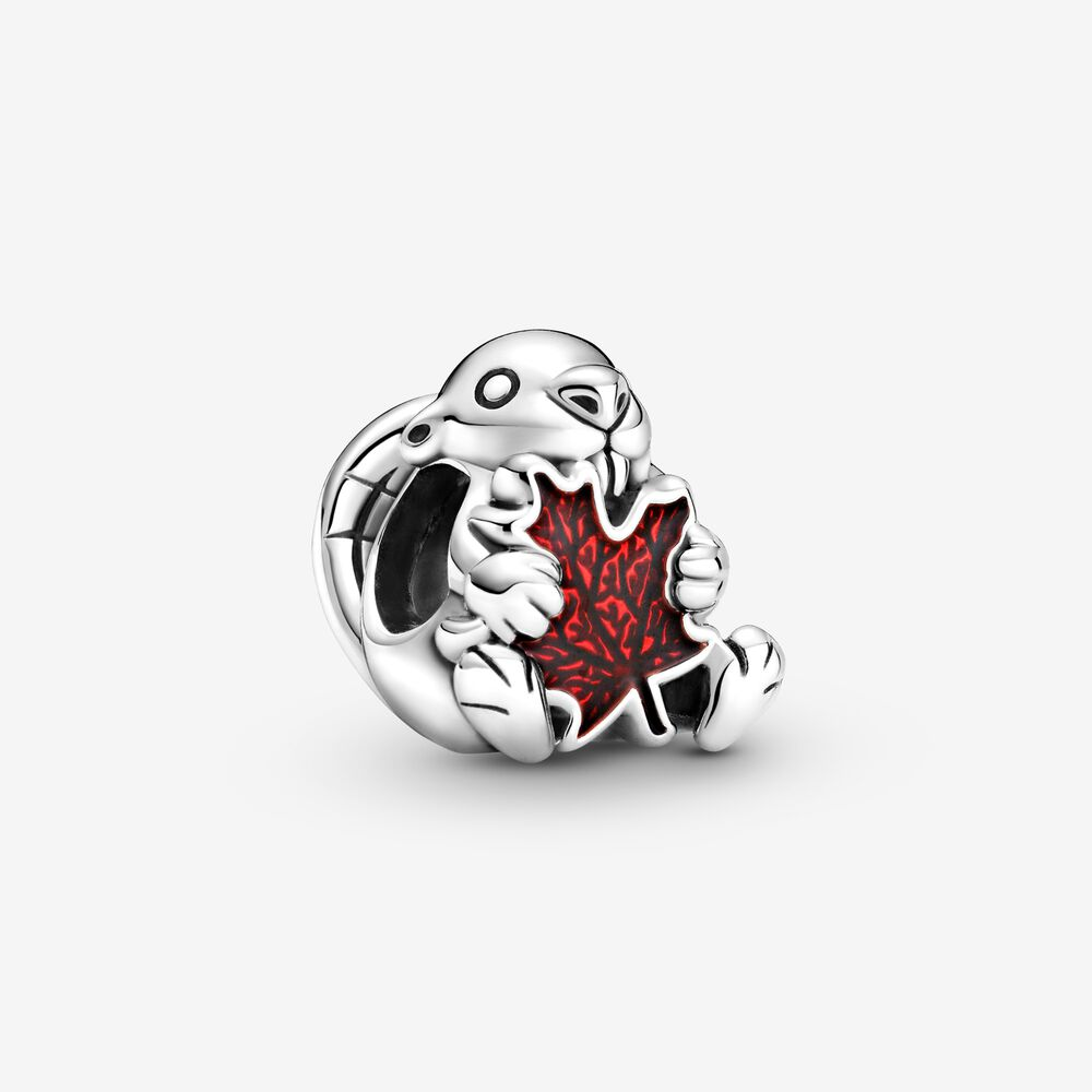 Canadian Beaver & Maple Leaf Charm | Sterling silver | Pandora Canada
