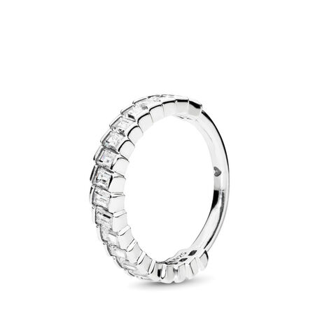 Glacial Beauty Ring