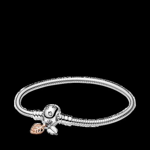 Bracelet avec feuilles à chaîne serpentine PandoraMoments