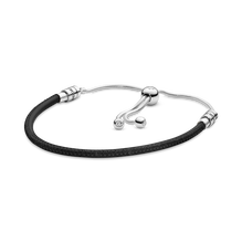 Bracelet coulissant en cuir noir PandoraMoments