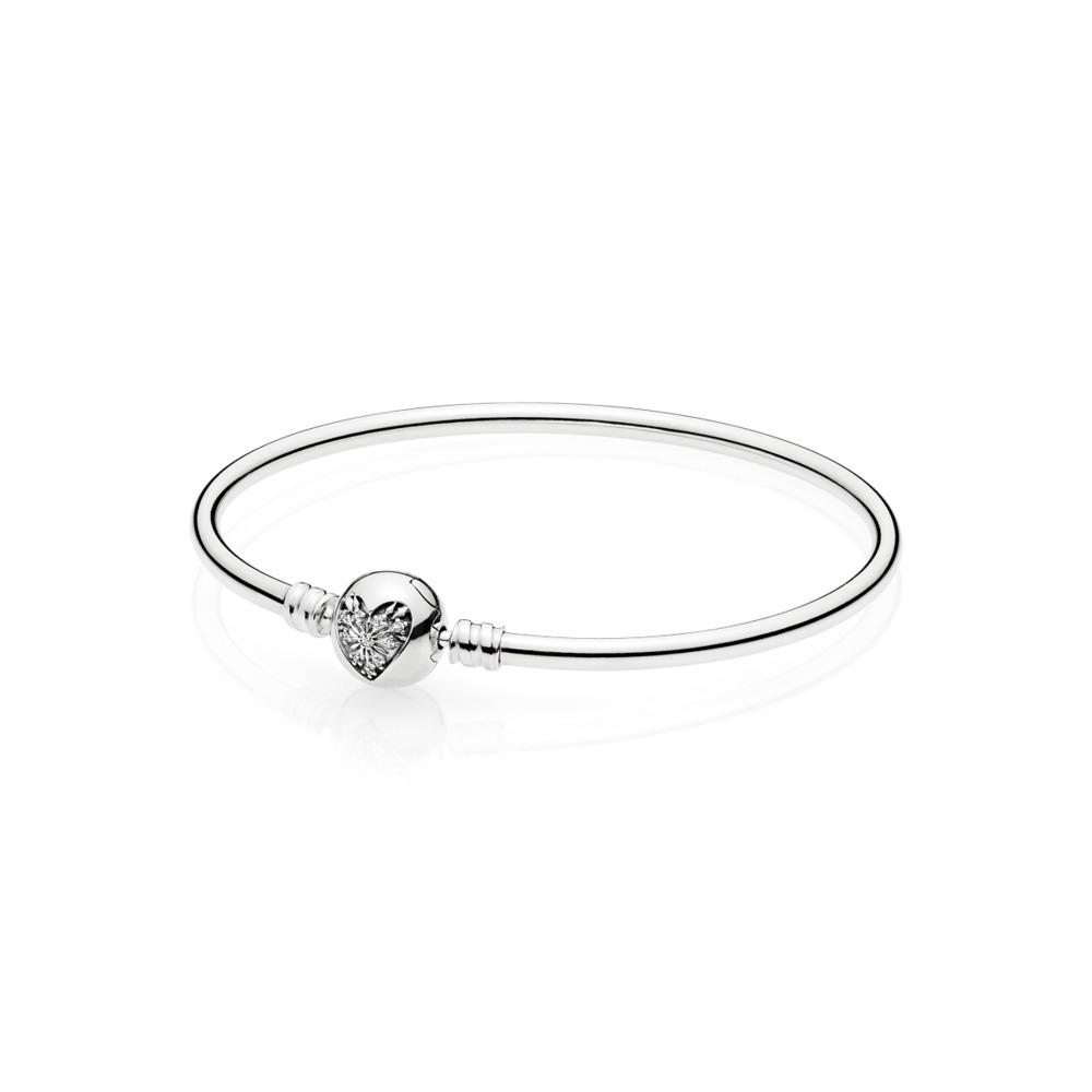 Moments Silver Bangle,  Heart of Winter Clasp, Argent sterling, Aucun autre matériel, Aucune couleur, Zircon cubique - PANDORA - #596404CZ
