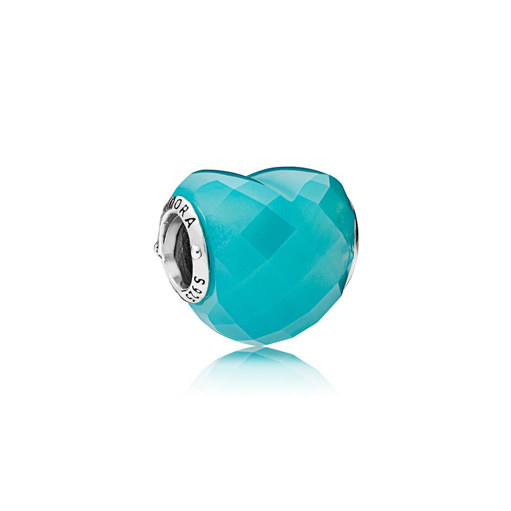Charm En forme d'amour, cristal bleu océan