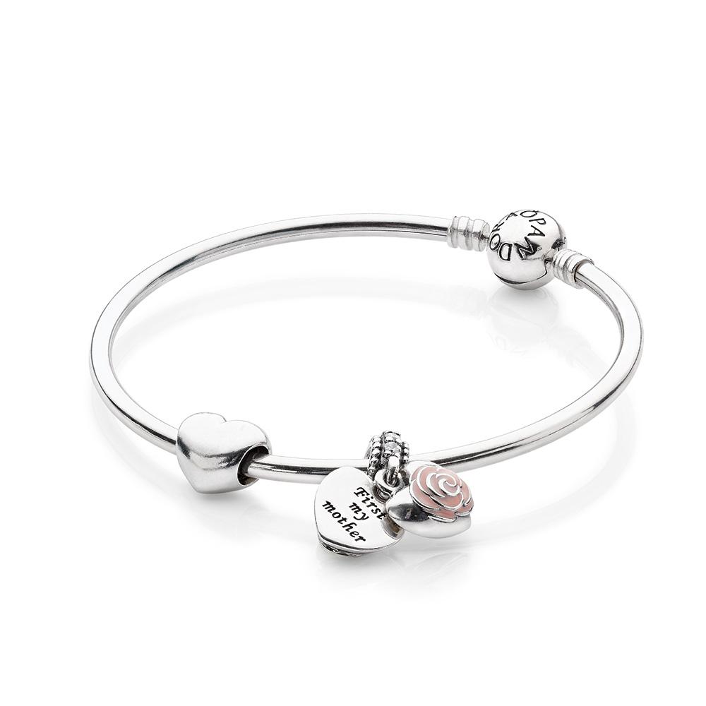 Mother's Heart Bracelet