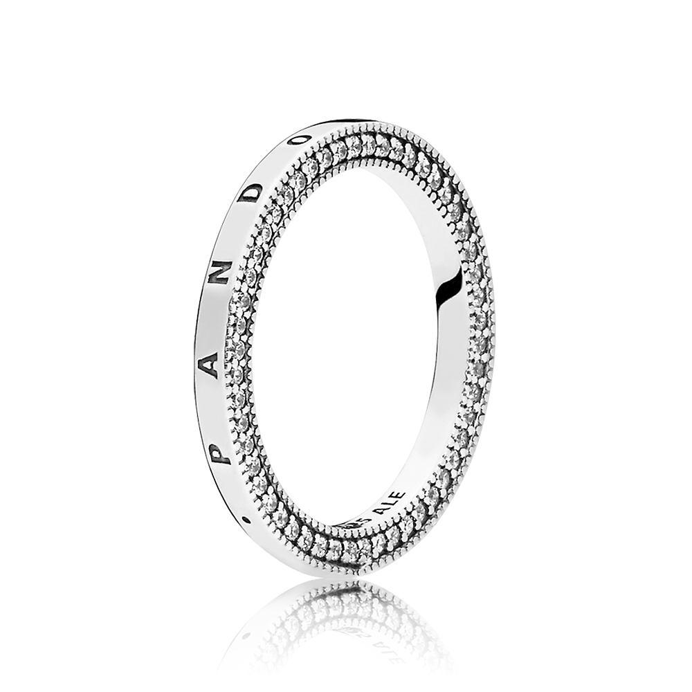 Signature Hearts of PANDORA Ring, Clear CZ