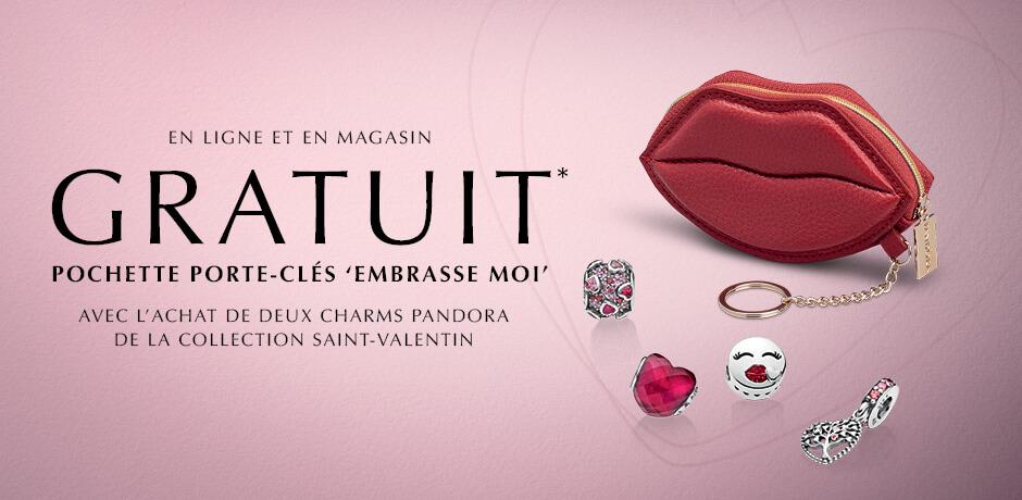 En ligne et en magasin: Gratuit* pochette porte-cles 'embrasse moi' avec l'achat de deux charms Pandora de la collection Saint-Valentin