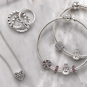 Give a little joy with gifts inspired by the spirit of the season. Shop Magic of Christmas.
